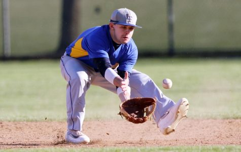 Scouts Drop Home Opener to Libertyville