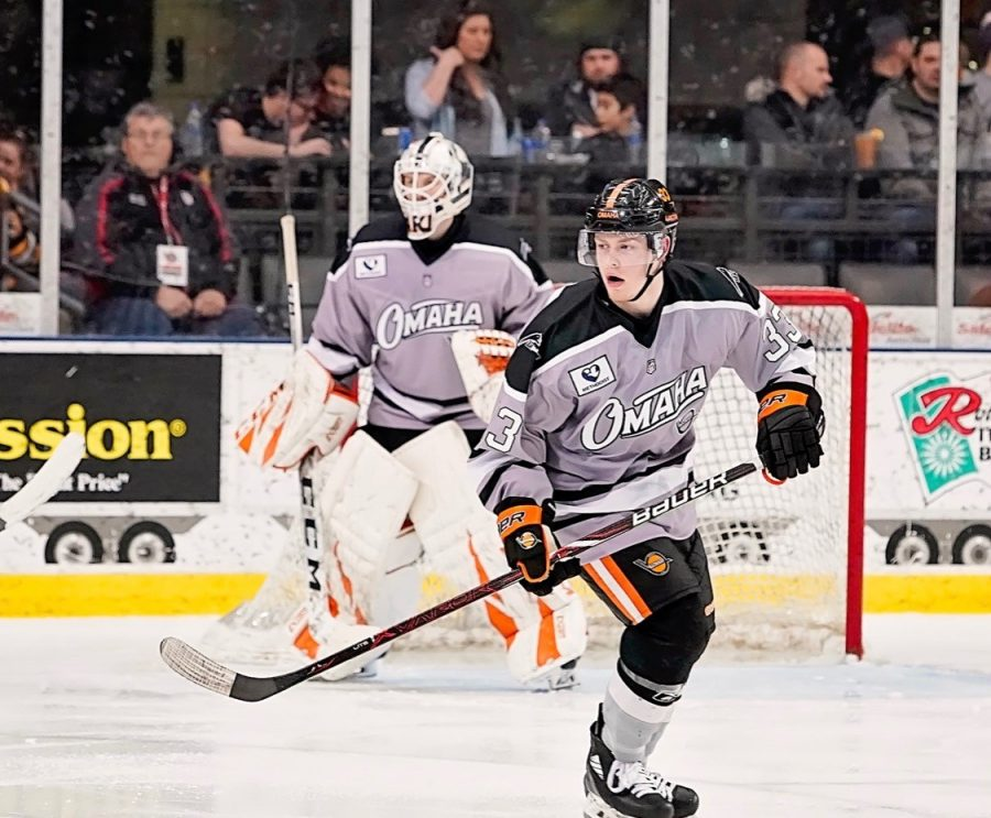 Matt+Basgall+is+committed+to+play+Division+I+hockey+at+Michigan+State.+First%2C+he%27ll+travel+the+country+with+the+USHL%27s+Omaha+Lancers.
