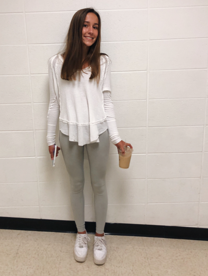 Outfit+of+the+Week+featuring+Sophie+Delhey