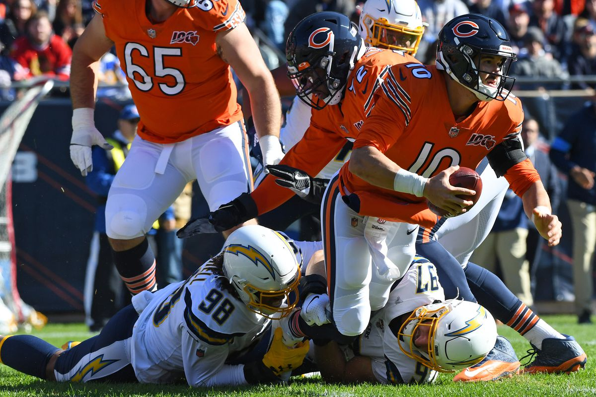 QB Mitch Trubisky avoids a sack against the Los Angeles Chargers.